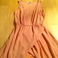 Forever21 High-Low Dress with Slip Peach colored Love21, Forever21 maxi dress with high-low hem, scoop neck with pleats down center front, elastic waistband and tulip hem. Comes with matching slip that snaps into sheer slip cover Forever 21 Dresses High Low