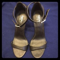 Black heels Black Mossimo heels. Great condition. Not sure of heel height but 3.5 to 4 inches if I had to guess. Mossimo Supply Co. Shoes Heels