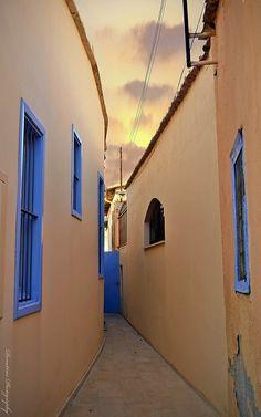 Narrow Street.. Nicosia Cyprus (by δημητριος on Flickr)