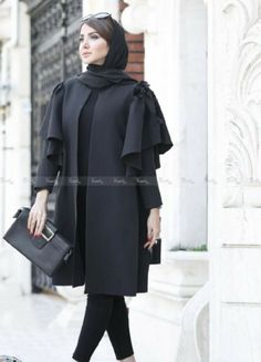 Modest Fashion Hijab, Abaya Fashion, Muslim Fashion, Women's Fashion Dresses, Beautiful Casual Dresses, Stylish Dresses, Mode Abaya, Iranian Women Fashion, Sleeves Designs For Dresses