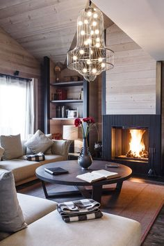 cozy living room ideas with fireplace Cozy Living Rooms, Home Living Room, Living Area, Living Spaces, Home Interior, Interior Decorating, Interior Design, Luxury Interior, Decorating Ideas