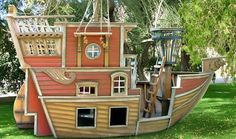"""Extreme Playhouses""  Wow! Think Papa would build this for his grandbabies?"