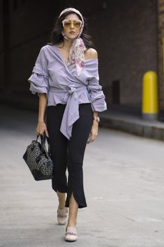 This $0 Style Solution Was Everywhere During NYFW: All too often, we find ourselves facing the same dilemma: wanting to add new styles to our wardrobe, but not willing to spend a ton to do so.