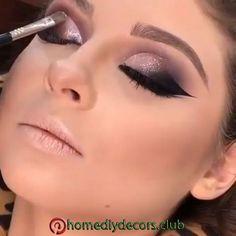 Makeup Makeup Makeup Eye Looks, Beautiful Eye Makeup, Eye Makeup Tips, Eyebrow Makeup, Makeup Videos, Skin Makeup, Eyeshadow Makeup, Awesome Makeup, Makeup Tutorial Videos