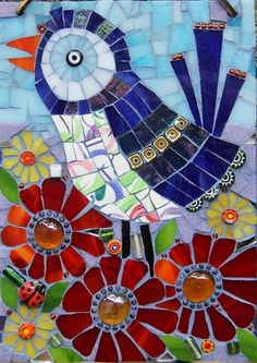 Bird mosaic                                                                                                                                                      Más Mosaic Crafts, Mosaic Projects, Mosaic Ideas, Mosaic Flowers, Mosaic Birds, Mosaic Animals, Mosaic Wall, Mosaic Glass, Mosaic Tile Table