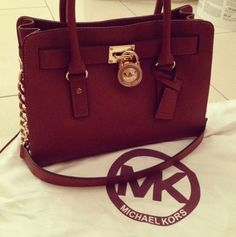 Michael Kors bags & wallets: much dis-count here! Only 29.99 USD. Newly design for you , just to have a look and you worth to have them.