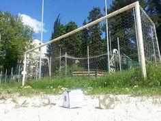 Fútbologie #Antifà - São pedrinho sul campo della Leggenda di Sarnano http://cerca.unita.it/ARCHIVE/xml/85000/82979.xml?key=edoardo+novella=231=0=fir (scatto di Gabriella @gminuscola)