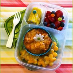 The Lucky Lunchbox/ Lasagna cups and garlic cheese bread flowers  packed in @easylunchboxes