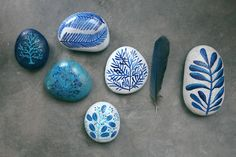stones using acrylic ink - Geninne blogdelanine.blog...
