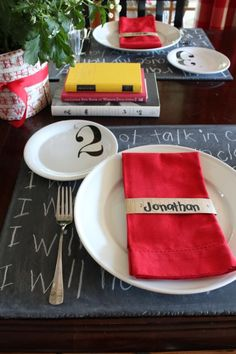 DIY ideas for cute placemats and centerpiece for a back to school theme birthday party