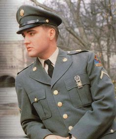 What a handsome soldier he was.  Thank you for your service sir.