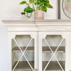 I've been wanting to have the opportunity to turn a hutch top into its own piece. I added some beautiful curvy bun feet, new shelves and a… Upcycled Furniture, Furniture Projects, Furniture Makeover, Vintage Furniture, Cool Furniture, Painted Furniture, White Furniture Inspiration, Wood Dresser, How To Distress Wood