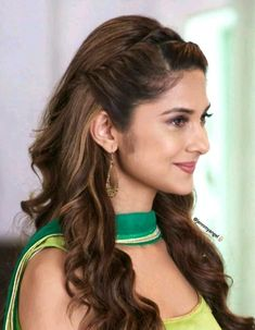 44 Latest Daily Hairstyles Ideas For Inspiration, # indian Hairstyles 44 Latest Daily Hairstyles Ideas For Inspiration, Saree Hairstyles, Daily Hairstyles, Everyday Hairstyles, Bride Hairstyles, Headband Hairstyles, Cool Hairstyles, Indian Hairstyles For Saree, Latest Hairstyles, Engagement Hairstyles