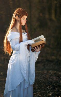 Caladwen  female cosplay   by Lukas Krasa Female Cosplay, Life Photography, Prague, Aurora Sleeping Beauty