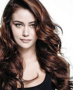 Damla Aslanalp - Turkish actress