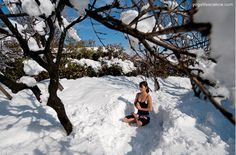 How awesome! Yoga in the snow!  #Yoga #WinterYoga