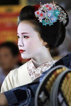 Maiko Katsuya at Kyoto 京都舞子佳つ椰 | Flickr - Photo Sharing!
