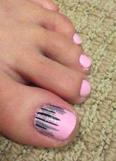 Cool summer pedicure nail art ideas 37