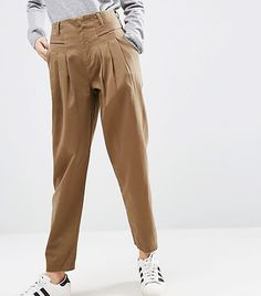 UTILITY PIECES Thanks to Stella McCartney, J.Crew, and Joseph, utilitarian pieces are the items you need to achieve the freshest 2017 style. We personally love the paper bag trousers option.
