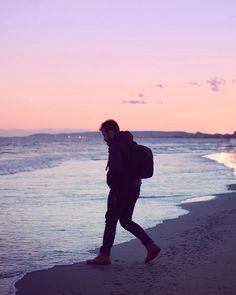 """843 mentions J'aime, 12 commentaires - Camille Talks ⚓️🎈 (@camilletalks) sur Instagram : """"Surpris par la mer 💦 Et un magnifique coucher de soleil pour dire que je suis """"soulagée"""" des…"""""""