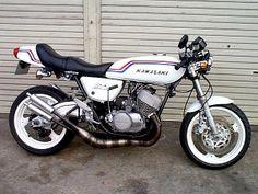 Kawasaki Motorbikes, Kawasaki Motorcycles, Vintage Motorcycles, Custom Motorcycles, Custom Bikes, Custom Cars, Motorcycle Museum, Retro Motorcycle, Cafe Racer Motorcycle