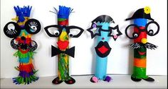Fantasy figures & New Year garland - carnival crafts - my grandchildren and me Kids Crafts, Crafts For Teens, Diy And Crafts, Arts And Crafts, Circus Crafts, Carnival Crafts, Mardi Gras, Box Creative, Fantasy Figures