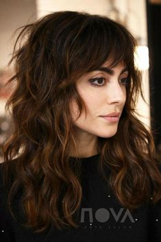 shag hairstyles Long - 60 Lovely Long Shag Haircuts for Effortless Stylish Looks Warm-Toned Wavy Brunette Shag Hairstyle A long shag with bangs is super trendy and can b… Long Shag Hairstyles, Trending Hairstyles, Hairstyles With Bangs, Straight Hairstyles, Cool Hairstyles, Medium Shag Haircuts, Hairstyle Men, Long Brunette Hairstyles, Brunette Bangs