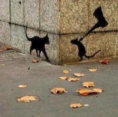Street art Qui du chat ou de la souris