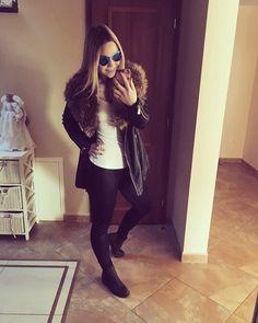 "Adriána Kohárová na Instagrame: ""#niceday #sunnyweather #home #weekend #squatgirl #slovakgirl #blacklover #ocotiide"""