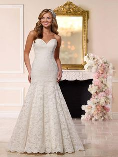 Stella York Bella Available In Our Exeter Shop Prudencegowns Stellayork DressingYourDreams Mermaid Wedding DressesLace