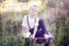 photography, little boy poses