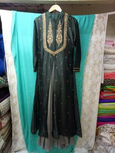 Anarkali Suits, Punjabi Suits, Neck Lines, Ethenic Wear, Biryani Recipe, Neck Design, Indian Bridal, Kurtis, Indian Dresses