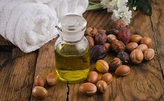 Come usare l'olio di Argan puro per migliorare l'aspetto della pelle, sopratutto del viso, dare luminosità ai tuoi capelli e rinforzare le tue unghie