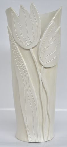 click now for info. Hand Built Pottery, Slab Pottery, Pottery Vase, Ceramic Pottery, Pottery Painting Designs, Pottery Designs, Ceramic Clay, Ceramic Vase, Pottery Houses