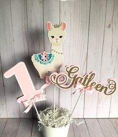 1st Birthday Party For Girls, Baby Party, 3rd Birthday, Llama Birthday, Birthday Party Centerpieces, First Birthdays, Llamas, Instagram, Number 5