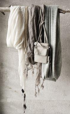Zusss | Sjaal met kwastjes, hamam sjaal en de jersey col in mooie 'zusss kleurtjes'.