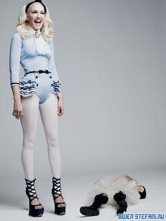 Gwen in those elusive Christian Dior platforms.