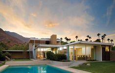Kaufmann House, Palm Springs, California designed by Richard Neutra, 1946 Richard Neutra, Richard Meier, Palm Springs Architecture, Amazing Architecture, Chinese Architecture, Architecture Office, Futuristic Architecture, California Architecture, Office Buildings