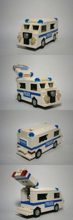 VW Police Van #Eurobricks #PimpMyCamper