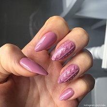 Zobacz zdjęcie Sweterkowe hybrydowe paznokcie <3