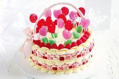 Lollipop flower basket cake