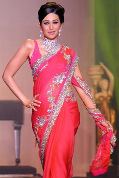 """Gorgeous Saree """"How Karisma Kapoor lost ALL her pregnancy weight!"""""""