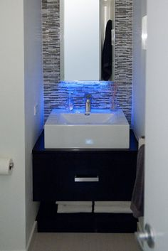 Exceptionnel 137 Best LED Lighting For Bathrooms Images On Pinterest | Houses, Toilets  And Bath Room