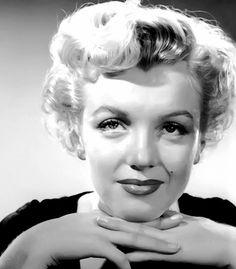 Marilyn Monroe photographed by Slim Aarons.