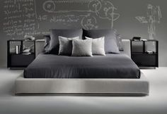 Groundpiece Bed by Flexform