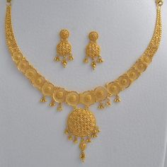 Abhi Jewels Yellow Gold Necklace Set for Women, सोने के हार का सेट - Abhi Lifestyle Private Limited, Chennai Gold Bangles Design, Gold Jewellery Design, Jewellery Box, Jewellery Shops, Jewelry Stores, Jewelry Sets, Accessoires Iphone, Gold Jewelry Simple, Gold Fashion