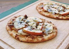 Caramelized Onion, Apple, and Blue Cheese Naan Pizzas. Excuse me get in my mouth now