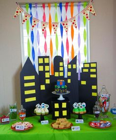 Pizza pennant, and reuse city backdrop! Turtle Birthday Parties, Birthday Themes For Boys, Ninja Turtle Birthday, Ninja Turtle Party, Birthday Fun, Birthday Party Themes, Ninja Turtles, Turtles Candy, Birthday Ideas