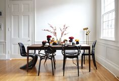 Farmhouse table plans & ideas find and save about dining room tables . See more ideas about Farmhouse kitchen plans, farmhouse table and DIY dining table Woven Dining Chairs, Mismatched Dining Chairs, Black Dining Chairs, Dining Room Chairs, Modern Chairs, Folding Chairs, White Chairs, Arm Chairs, Kitchen Chairs