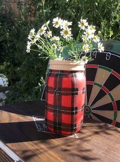 Fresh Vintage by Lisa S: Faux Tartan Plaid Ball Mason Jar Thermos New Crafts, Summer Crafts, Crafts To Do, Home Crafts, Primitive Christmas, Country Christmas, Beige Paint, Advent Candles, Ball Mason Jars